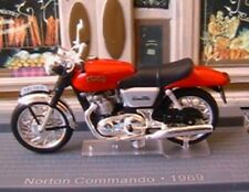 MOTO BIKE NORTON COMMANDO 1969 1/24 ROUGE IXO MUSEUM RED ROT ROSSO