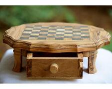 A handcrafted Chess made of olive wood,Jeux d'échecs en bois d'olivier sur pieds