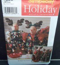 1997 Simplicity Stuffed Reindeer & Clothes Christmas Craft Pattern Uncut FF
