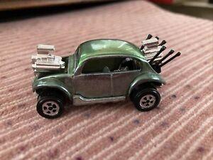 Vintage Johnny Lightning Bug Bomb Green