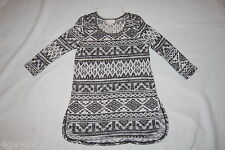 Womens 3/4 Sleeve Shirt BLACK WHITE AZTEC PRINT TUNIC Thin Sweater Type S 4-6