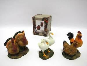 1 Figurine With Animals Of Farm H.9X8X6CM Chicken Geese Crib Peices