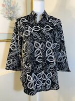 Westbound Womens Wrinkle Free Shirt Size Med Button Front 3/4 Sleeve Blk & White