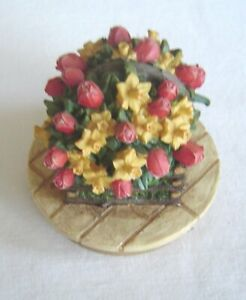 Our America Candle Jar Topper Country Tulips and daffodils Basket Candle Topper