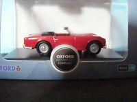 Triumph TR 4 SIGNAL RED   with Black interior   1964 1:76 Oxford Diecast New