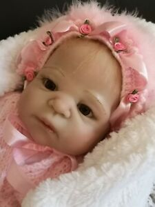 """Used Reborn Baby Girl 20"""" sparkly Eyes. Vinyl head & Body. Rooted hair & Lashes"""