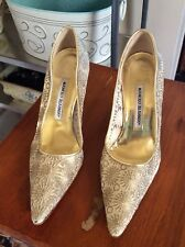 Manolo Blahnik Gold Lace Embroidered Pointed Toe High Heel Pump Sz 37.5/ 7 US