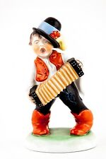 """HEREND, MUSICIAN BOY WITH ACCORDEON 8"""", HANDPAINTED PORCELAIN FIGURINE !"""