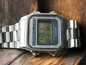 AUTHENTIC Vintage Gents SEIKO ALARM-CHRONO SPORTS 150 A904-5200 Digital Watch
