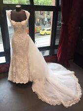 Preloved Connie Simonetti Wedding Dress with detachable 2.5m train size 8