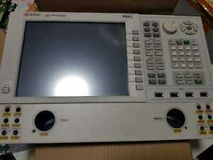 Keysight N5232A 20 GHz Pna-l Analyzer Network Front panel screen and keyboard