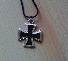 Ciondolo croce di ferro