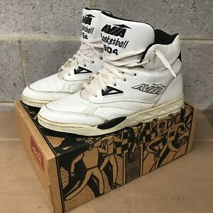 Vintage AVIA 904 Basketball hightop athletic Sneakers Size 10