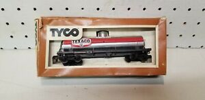 Vintage Tyco HO scale model train Texaco silver tank car