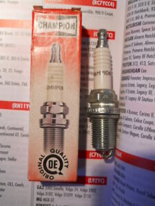 Champion RC7YCC4 Spark Plug fits Saab 900 & 9000 (not all models) equiv BKR7E-11