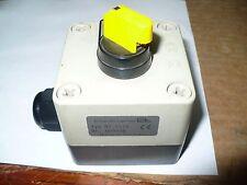 Klocker Moeller NT-5116 Triple Hub 3-Position Selector Switch, Used