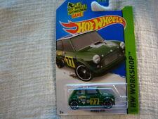 H W 2014 Morris Mini / Green 1:64 Scale