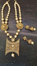South Indian Style Boucles d'oreille en or Collier Set Bridal set