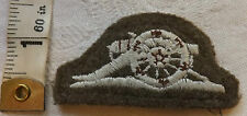 An Original Military WWII Master Gunner Cloth Rank Badge (507)