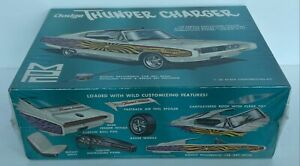 Dodge Thunder Charger MPC 1/25 Customizing Kit 608-200