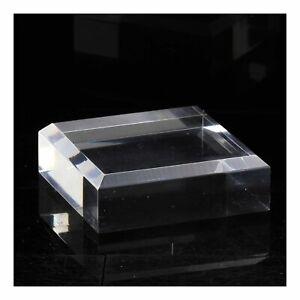 Socle présentoir angles biseautés pour minéraux. 2 pièces. 80 x 80 x 20 mm