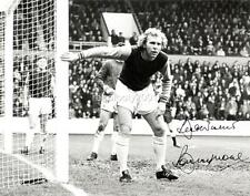 West Ham United FC legend Bobby Moore Signed Reprint Exclusive A4 Print