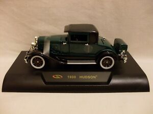 S 1930 HUDSON, (1:32 SCALE) (BOXED NEW)