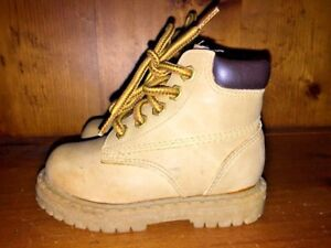 DAWSON CREEK Chukka Hiking Work Wheat Hi Tops Boots DADDY'S BOY Shoes Sz 5 T 👞6