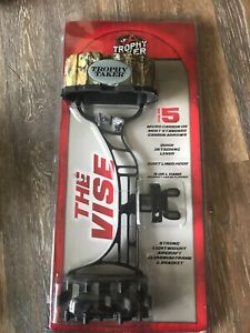 Trophy Taker THE VISE 5 Arrow Hunting Target Quiver Realtree Camo Model T410