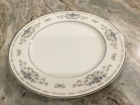 "Diane by Fine Porcelain China of Japan DINNER PLATE, 10 3/8"" wide"