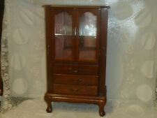 VINTAGE WOODEN JEWELLERY DISPLAY CABINET CHEST DRAWER BOX CURIO GLASS TWO DOOR