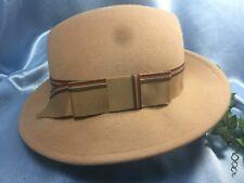 """SUPER CLEAN Vintage betmar 100% Wool Women's Fedora Hat: 22"""" Camel Brown.#6067"""