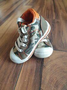 Sneakers Jungen Gr. 23 kaum Getragen Chucks