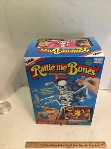 Rattle Me Bones Pirate Skeleton Working Board Game Incomplete Parts  TYCO Rare