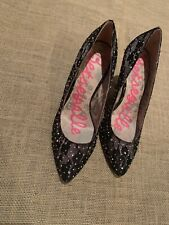 Betseyville black lace pumps with sequins size 7M NWOB