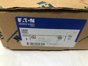 "Eaton Crouse-Hinds TB28 Die Cast Aluminum TB Conduit Outlet Body 3/4"" Box of 5"