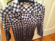 ELIZABETH AND JAMES PLAID BACK BUTTON ROLL SLEEVE SHIRT- XSMALL- GREY/ IVORY