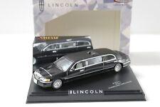 1:43 Vitesse Lincoln Town Car Limousine black/ black
