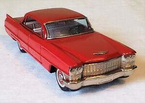 Early Bandai Toys Japan Friction 1963 CADILLAC SEDAN CAR Action Toy RARE MINT