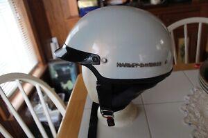HARLEY DAVIDSON PEARL WHITE S BASIC RIDER HALF HELMET W/ ZIP OUT EAR NECK FLAP