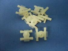 10 Agrafe fixation baguette lateral Renault 12 R12 clips exterior plastic trims