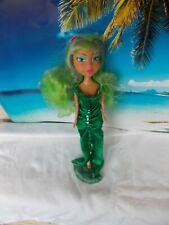 Barbie Puppe, mit grünen Kleid, lange grüne Haare