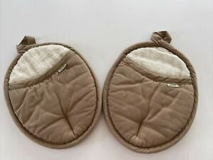 Sonoma Silicone Backed Tan Fabric/Terry Cloth Lined Pot Holders/Oven Mitts~1 PR.