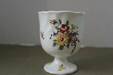 ROYAL DOULTON OLD LEEDS SPRAY # 6203   EGG CUP  1912-1956