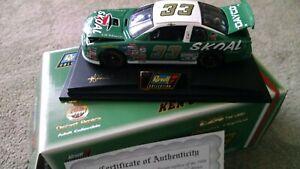 KEN SCHRADER. Skoal Bandit 1998 #33 Monte Carlo New in box  1/24 die Revell