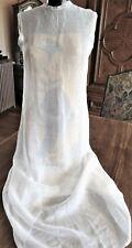 Robe longue début XXe en linon ,boutonnée au dos