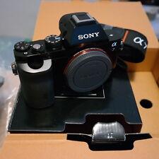 Sony ILCE-Alpha 7 Noir 24.3 Mp.(boitier) - Nouvel État.