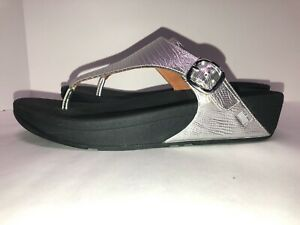 "NEW!  FITFLOP ""The Skinny""~ Silver Sandals women's US 9 Thong Wobbleboard"