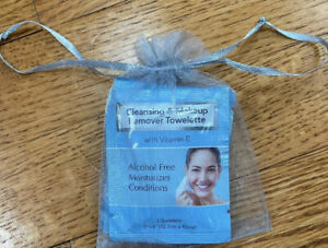 Set of 4 Individual DIAMOND Cleansing Makeup Remover Towelette Wipes Vitamin E