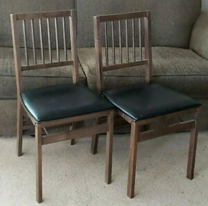 Vintage Mid-Century Stakmore Folding Chair Wood Frame Cushioned Black Vinyl Seat